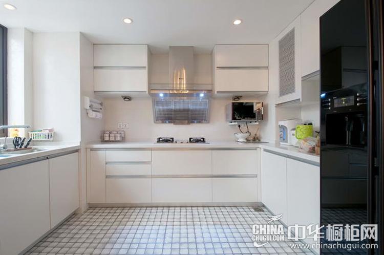 簡約風格廚房裝修效果圖 光潔明亮的廚房布局
