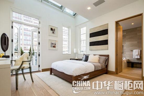 大户型清新活力阁楼公寓装修 木纹橱柜让个性气质翻倍
