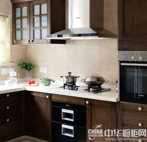 中式厨房装修效果图 淡雅如君子贵气如帝王