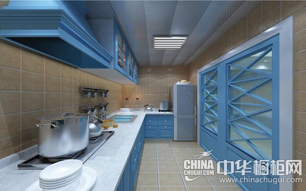 地中海风格厨房图片 蓝色设计勾勒整体舒适环境