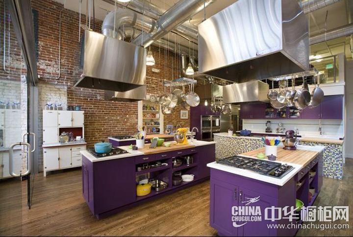 厨房装修设计效果图 金属元素打造工业风厨房