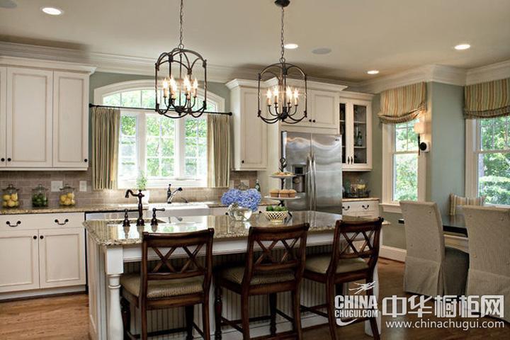 厨柜装修效果图欣赏 欧式风格橱柜图片