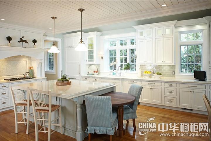 开放式厨房效果图 白色系橱柜图片