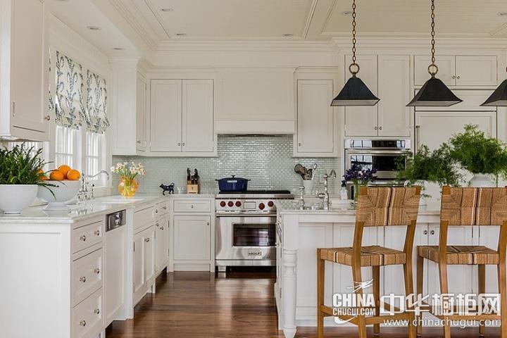 欧式开放式厨房装修效果图 白色橱柜图片