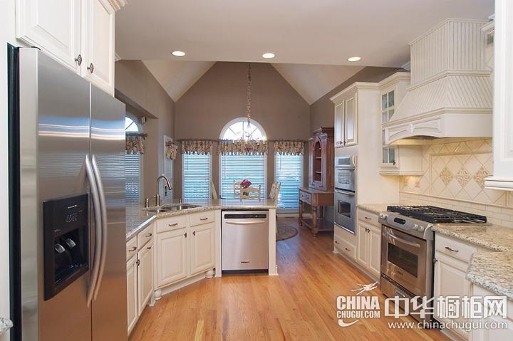 欧式厨房装修效果图 白色橱柜图片