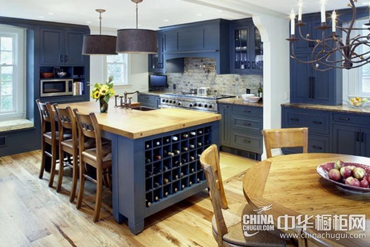地中海风格厨房装修效果图 蓝色橱柜图片