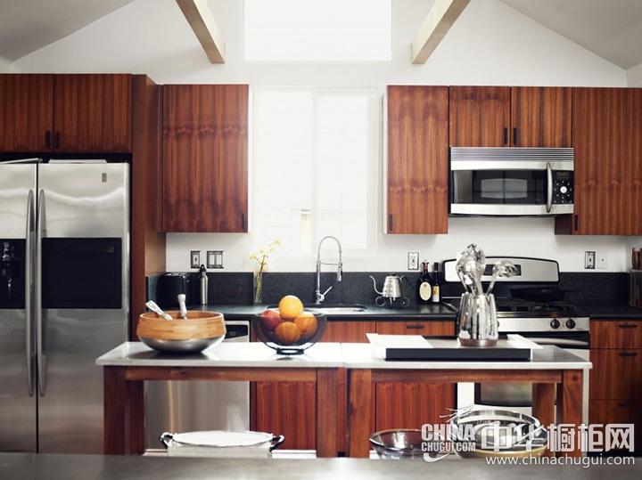 小户型厨房装修效果图 岛型橱柜图片