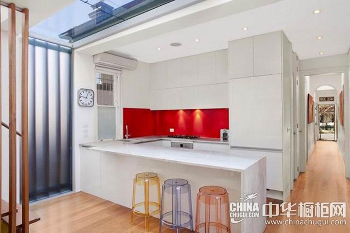 厨房装修效果图 白色整体橱柜图片