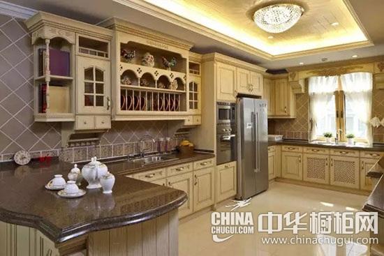 轻奢欧式橱柜效果图鉴赏 感受欧式风情厨房装修