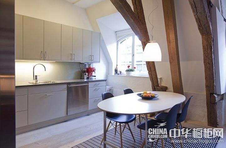 小户型厨房装修效果图 一字型橱柜图片