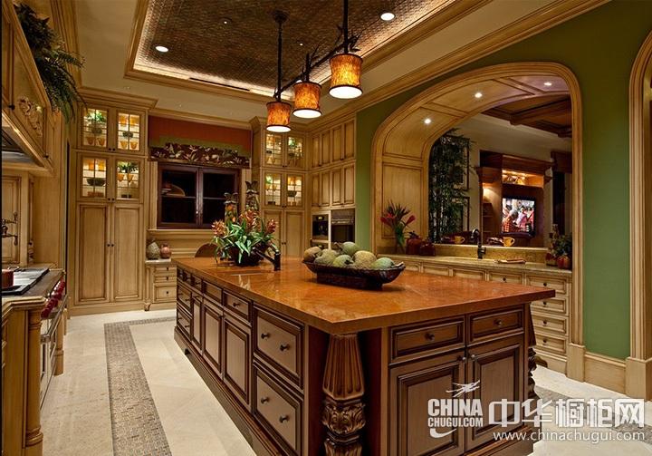 欧式古典风格橱柜设计图 新古典风格厨房效果图