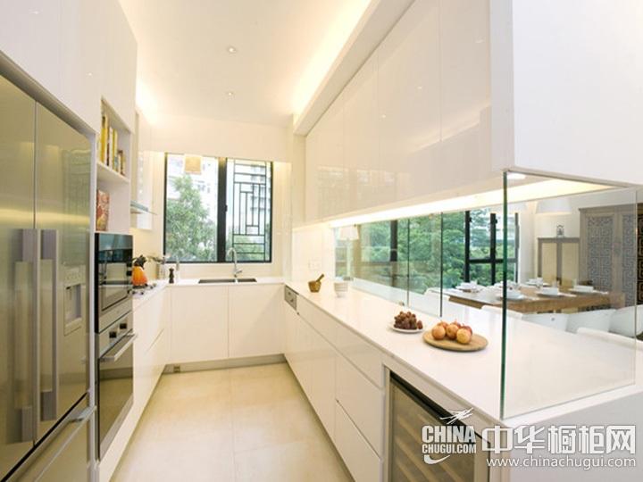 U型厨房装修效果图 U型橱柜图片