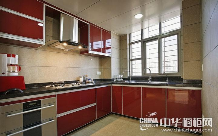 红色橱柜装修效果图 L型厨房设计图