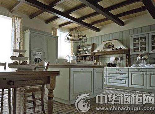 中岛橱柜设计推荐 高效利用厨房空间