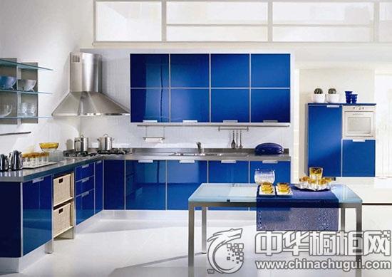 蓝色橱柜装修效果图