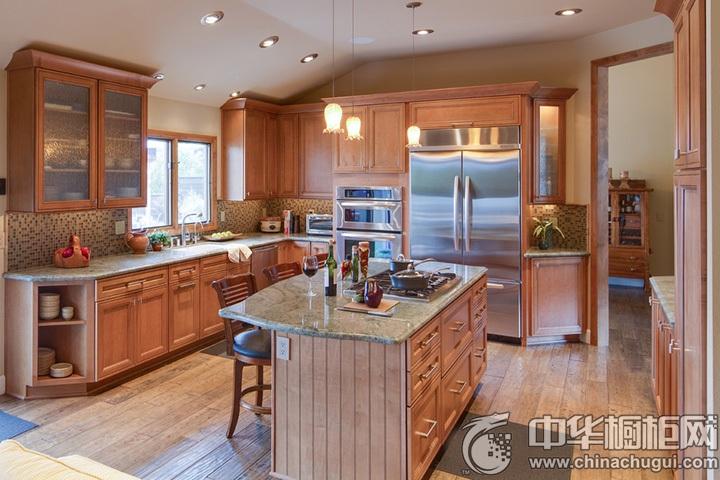 新古典整体橱柜图片 古典风格厨房效果图
