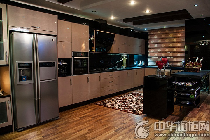 L型橱柜装修效果图 L型厨房图片