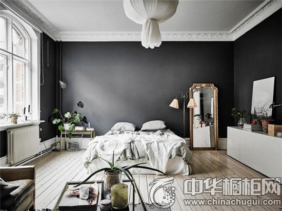 卧室方块顶石膏雕花