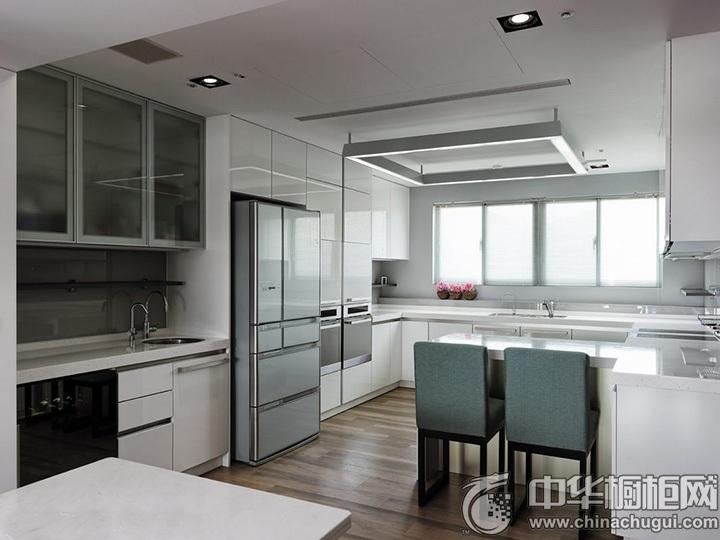 U型厨房装修效果图 U型橱柜效果图