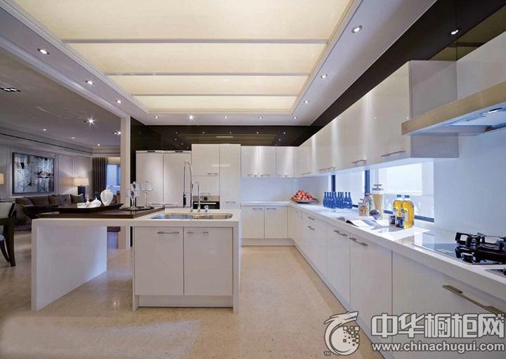 白色橱柜效果图 白色厨房设计图
