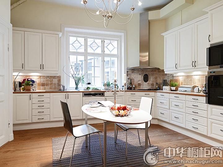 欧式厨房装修效果图 欧式实木橱柜效果图