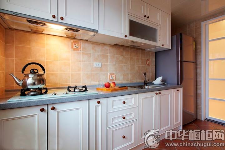 一字型厨房装修效果图 一字型简约橱柜图片