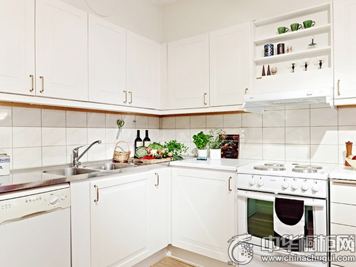 白色橱柜效果图 白色厨房效果图