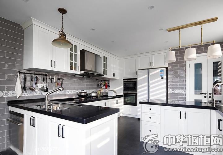 白色橱柜效果图 白色厨房装修效果图