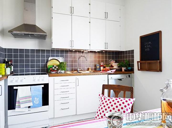 北欧风格厨房效果图 北欧风情橱柜效果图