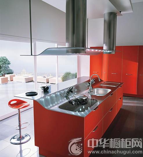 六款红色整体橱柜 为厨房带来火辣风情