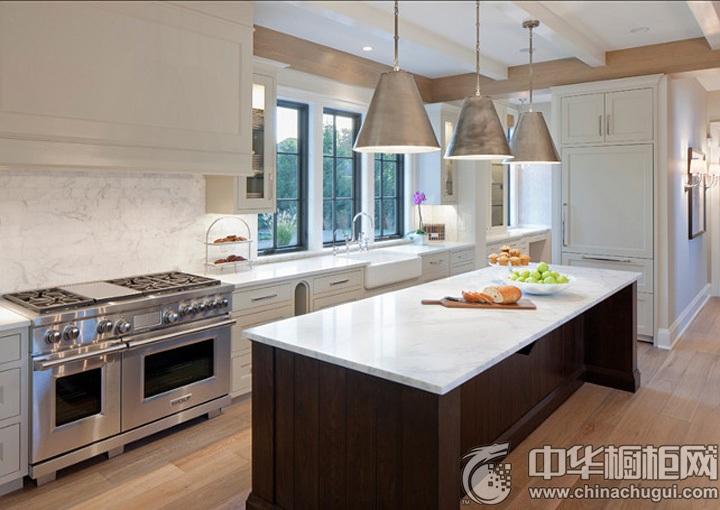 欧式厨房装修效果图 欧式整体橱柜效果图
