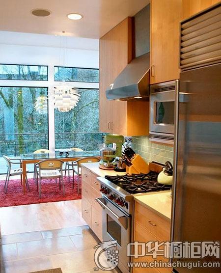 大自然柯拉尼教你:厨房橱柜巧搭配