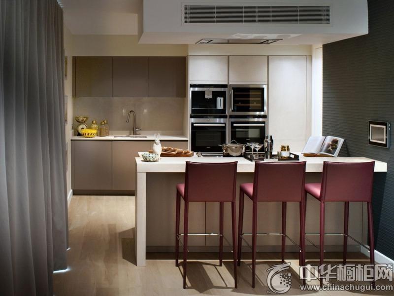 英伦风厨房岛台型橱柜设计 美观实用两不误