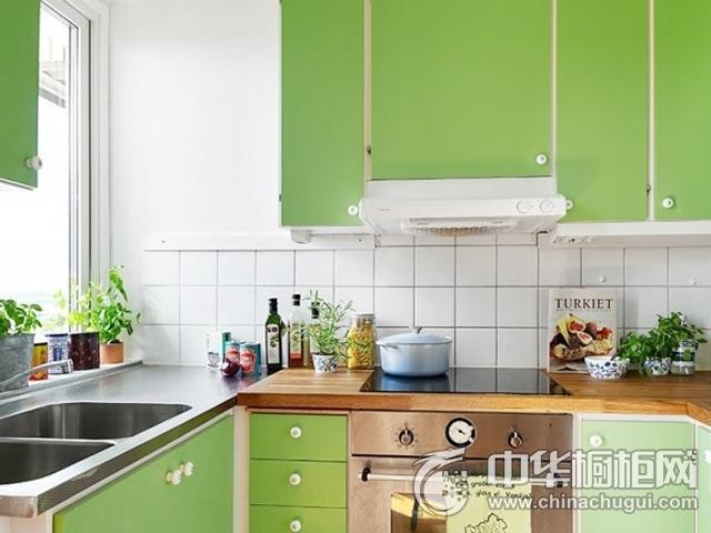图片绿色橱柜图片 U型厨房装修效果图