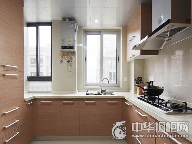 U型厨房装修效果图 原木色橱柜效果图