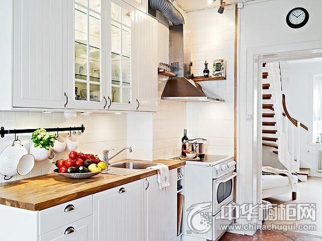 北欧简约橱柜图片 一字型厨房装修效果图