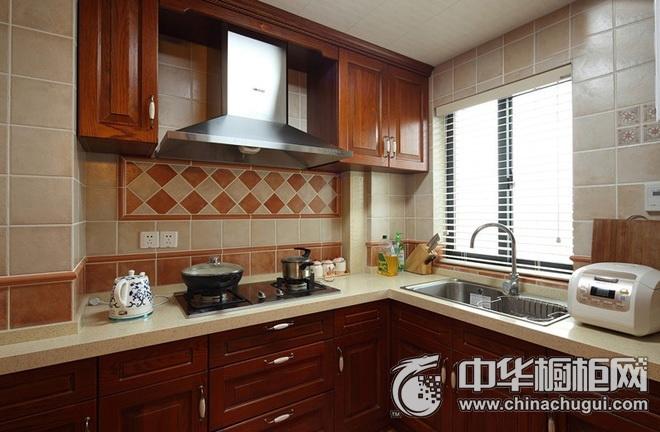 古典风格整体橱柜设计图 L型厨房装修效果图