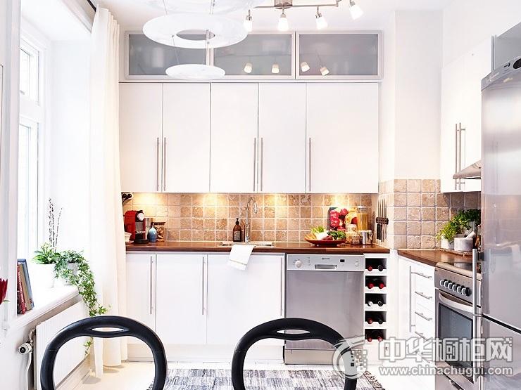 现代风格橱柜效果图 家庭厨房装修效果图
