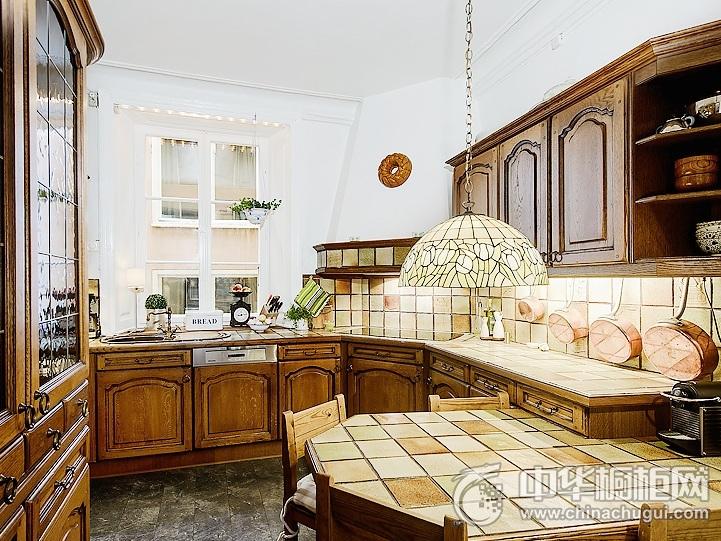 古典风格橱柜设计效果图 古典实木橱柜图片