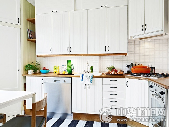 欧式橱柜效果图 白色橱柜设计图