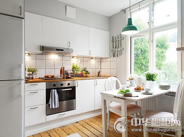 一字型厨房装修效果图 白色橱柜效果图