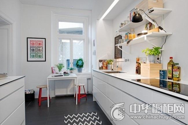 现代简约橱柜效果图 一字型厨房装修效果图
