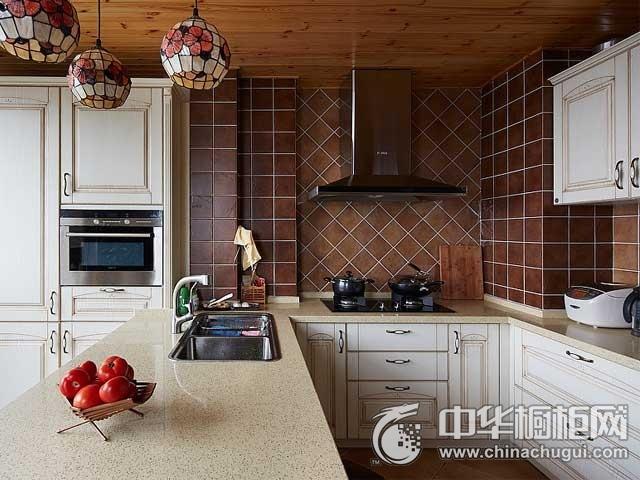 田园风格橱柜图片   U型厨房装修效果图