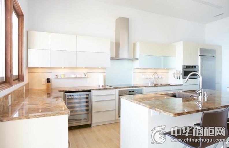 岛型橱柜设计   开放式厨房装修效果图