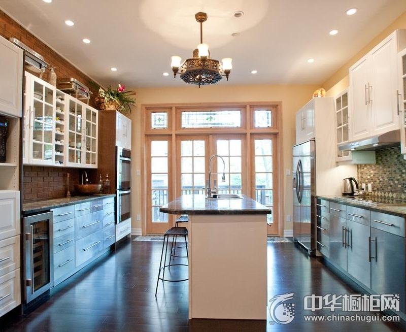 别墅厨房设计   整体橱柜装修效果图