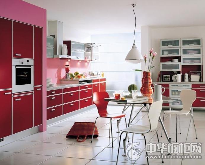 现代简约风格整体橱柜图片  一字型厨房装修效果图