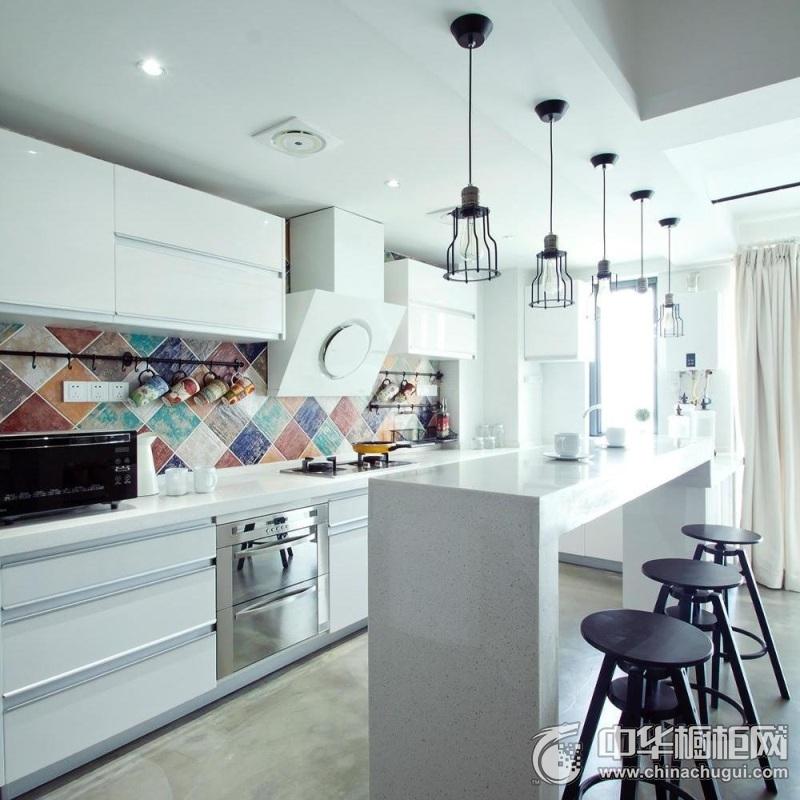 北欧风格厨房装修效果图 一字型橱柜图片
