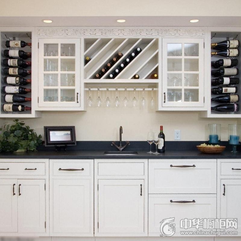小户型白色厨房装修效果图 简欧风格橱柜图片