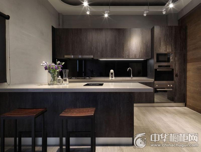 沉稳大气现代风格橱柜图片 开放式厨房吧台装修效果图