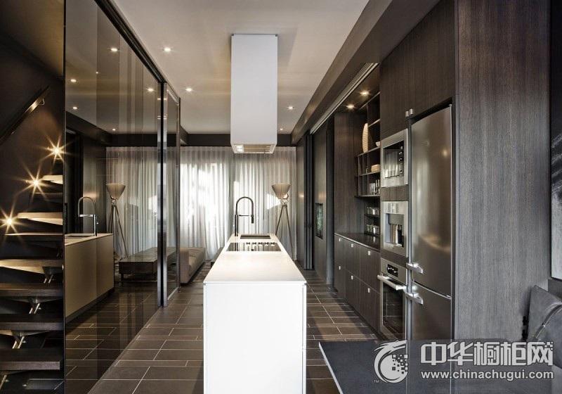 黑色沉稳简约风格橱柜图片 开放式厨房装修效果图